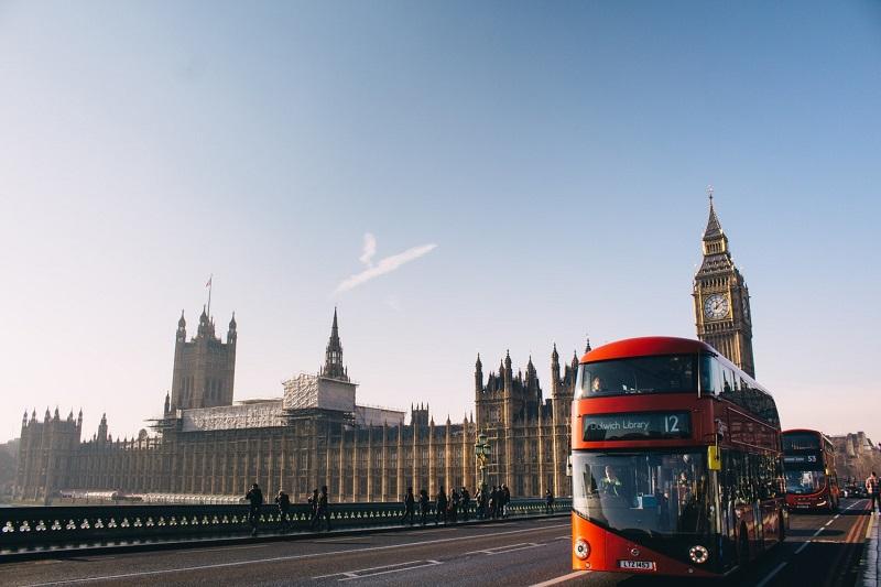 Studijų Didžiojoje Britanijoje finansavimo sąlygos 2019 m. nesikeičia